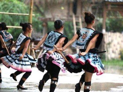 画像2: 広西省白裤子瑶族(ヤオ支族) プリーツ巻きスカート