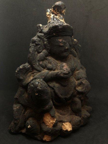 画像1: チベット密教 宝蔵神・ジャンバラのツァツァ仏 (チベット磚仏・塑像) アンティーク (1)